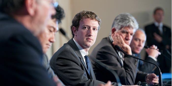 mark zuckerberg : facebook gender bias