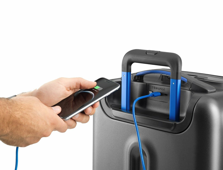 smart suitcase : Bluesmart One Smart Luggage