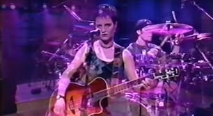 the cranberries live in 1993 on Conan