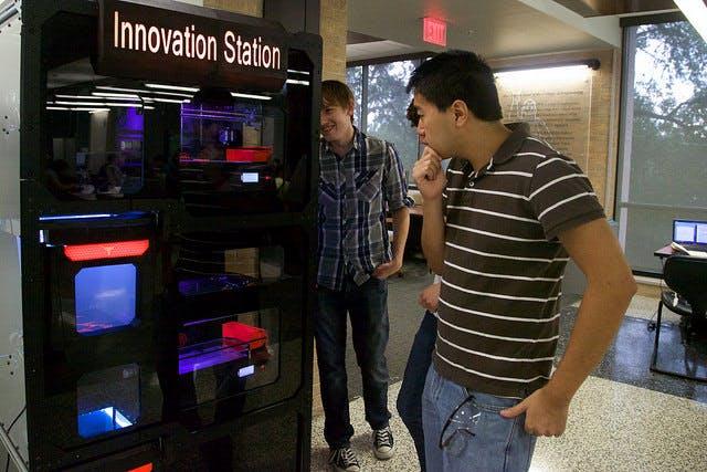 UT 3D printing vending machine