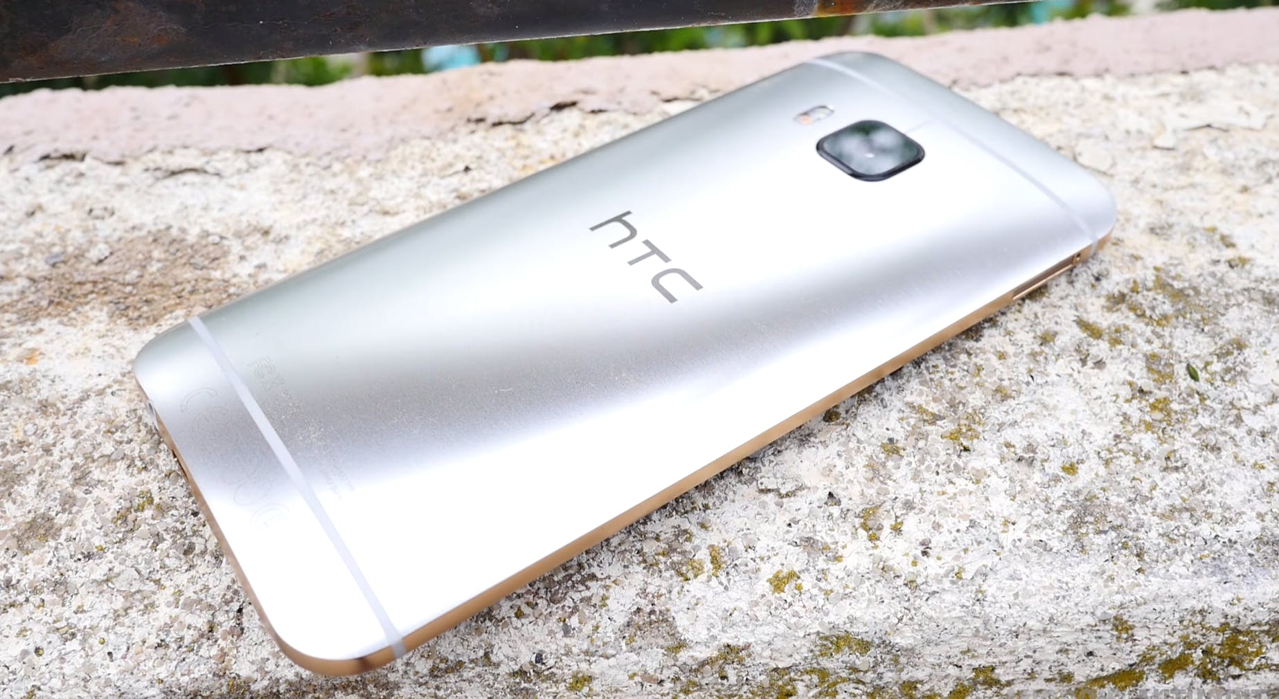 cheap smartphones : htc one m9 flagship smartphone