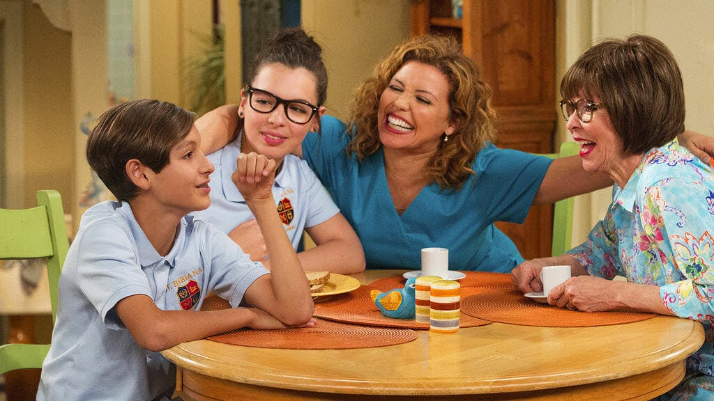 netflix original series : one day at a time