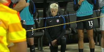 Megan Rapinoe kneeling national anthem
