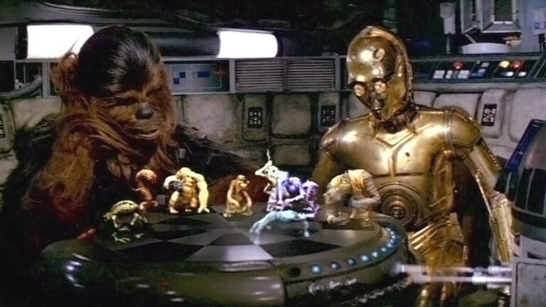 millennium falcon : Chewie and C-3P0 play Dejarik