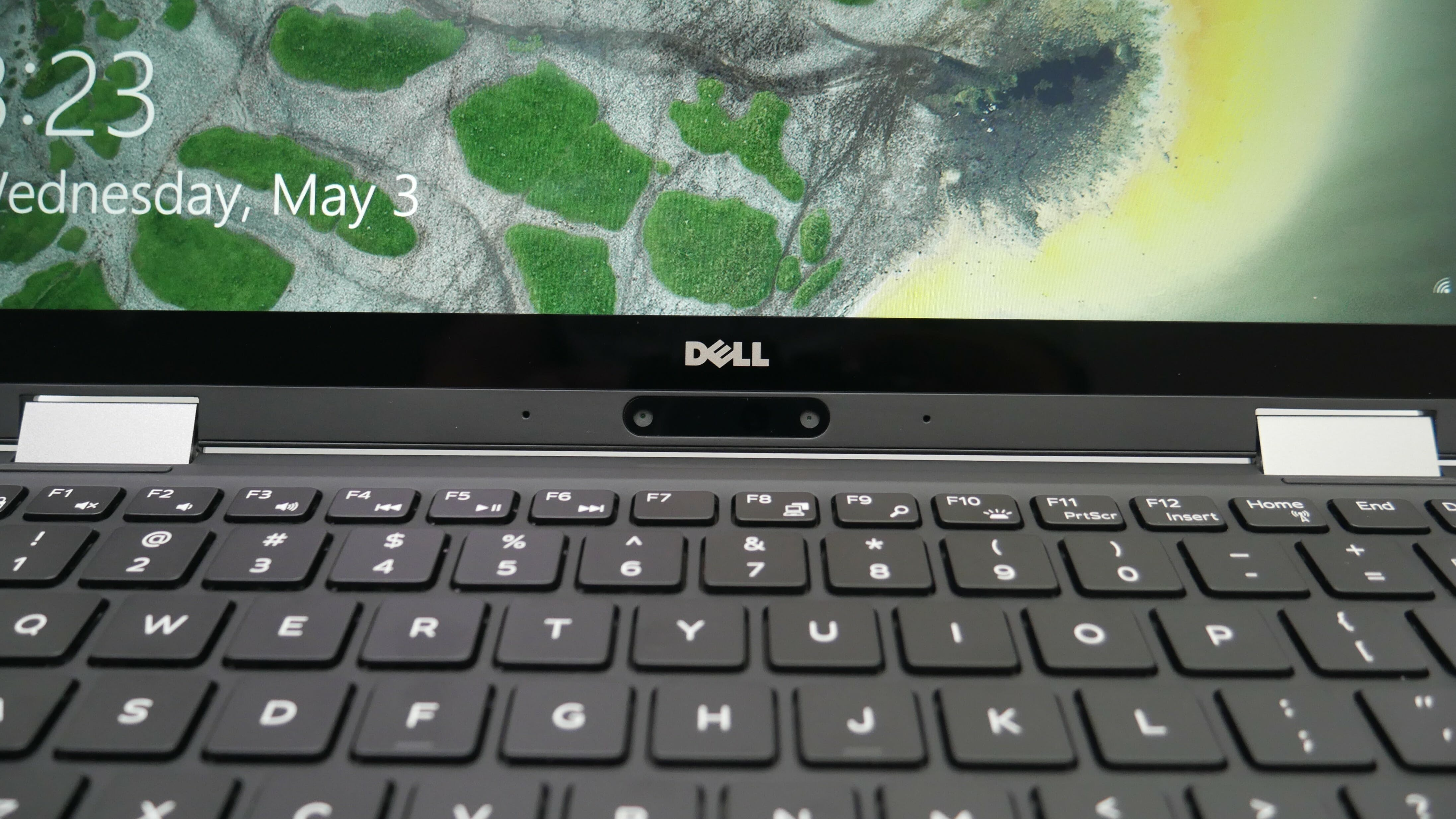 dell xps 13 2-in-1 web camera placement
