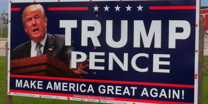 Trump/Pence MAGA sign