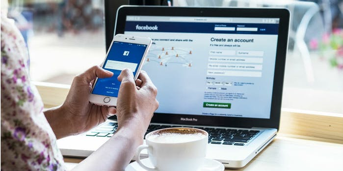 mobile web app social media