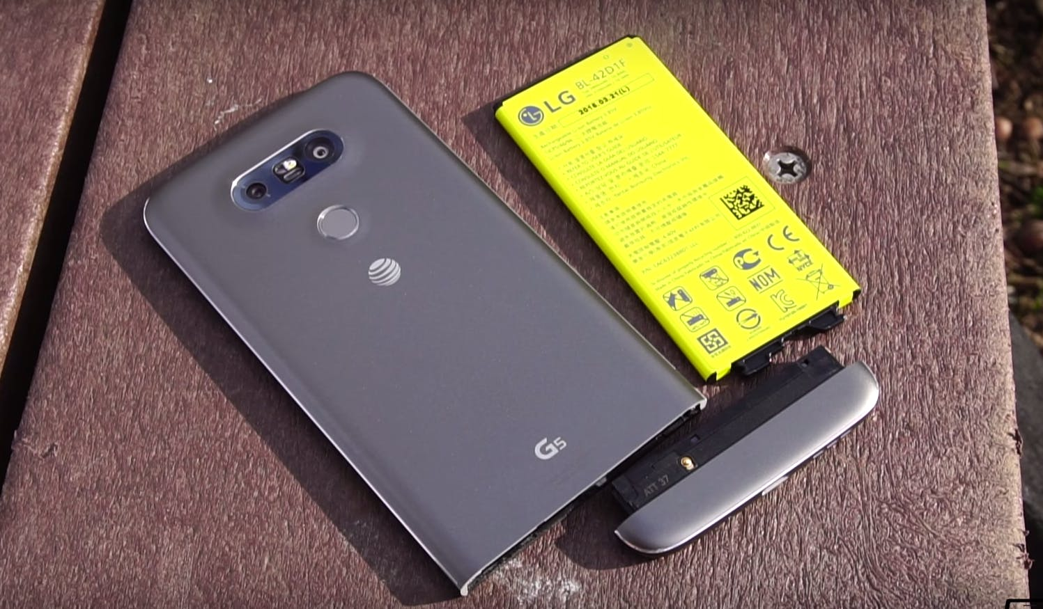 used smartphone : lg g5 smartphone modular